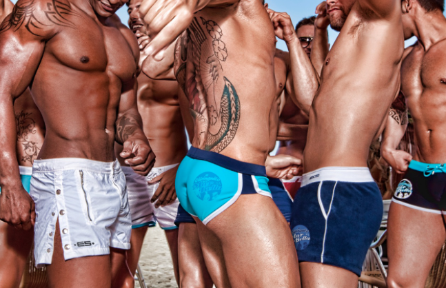 Gay In Spiaggia